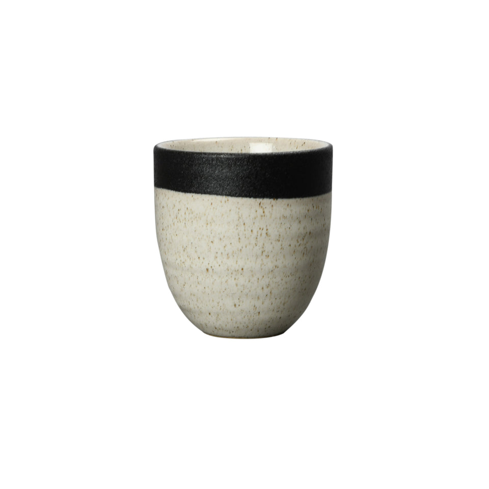 By On Becher Smilla, Ø7,5 x H7 cm, Porzellan, Beige/Schwarz