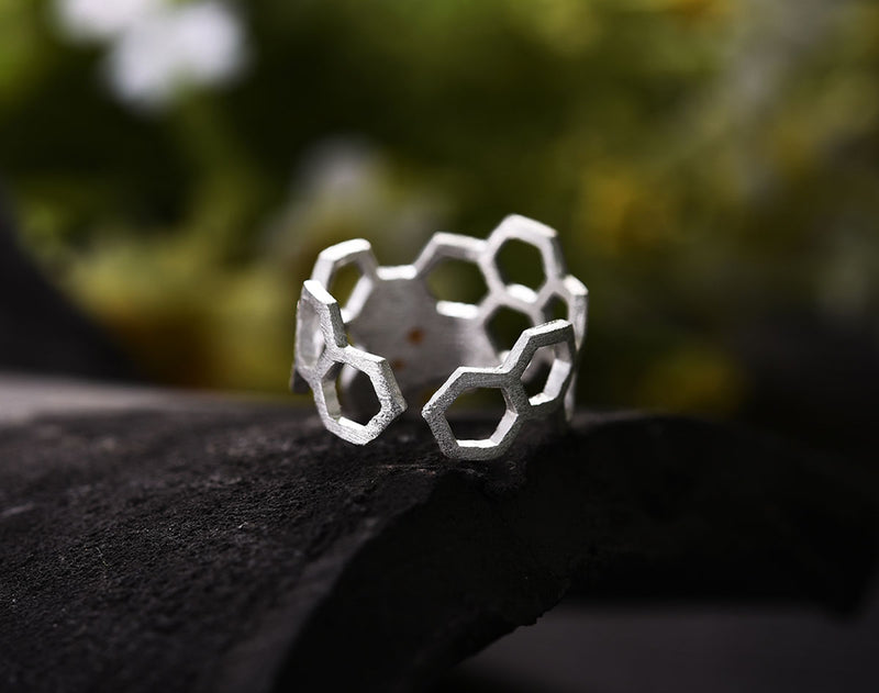 Honeycomb Ring - Lotus Fun