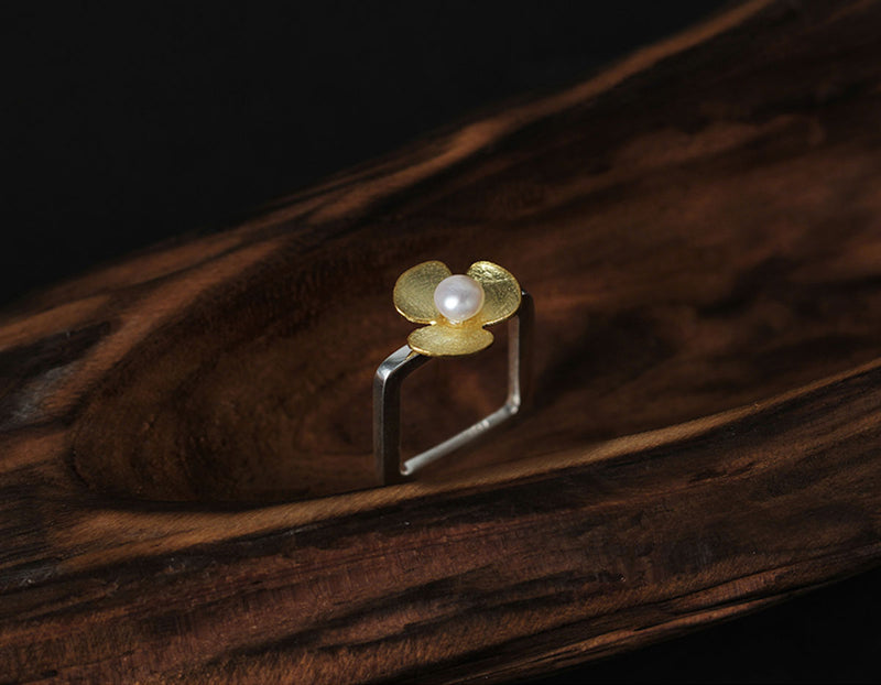 Pearl Clover Ring - Lotus Fun
