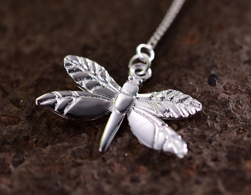 Dragonfly Leaves Necklace