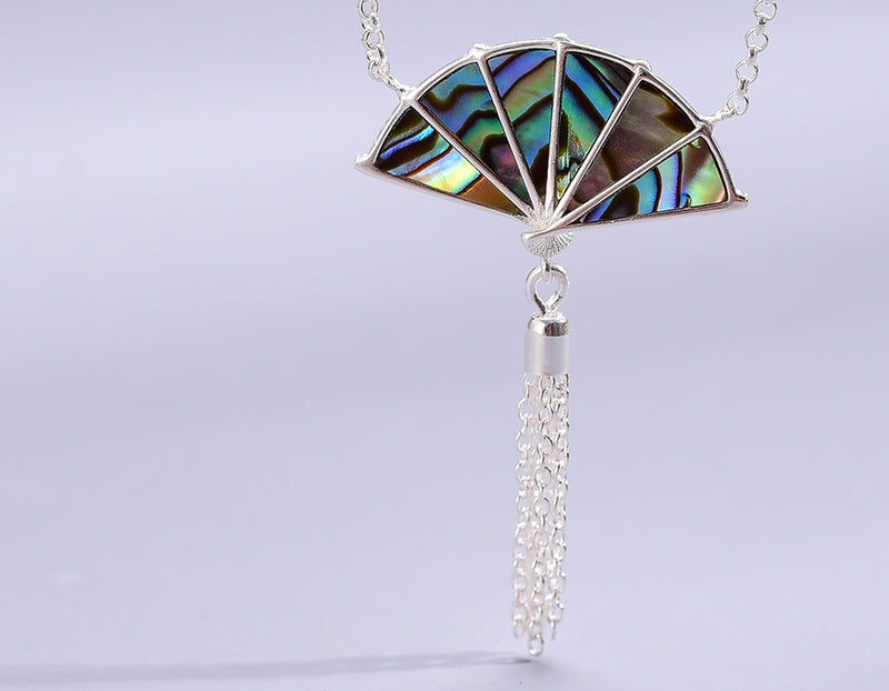 Mother of Pearl Oriental Fan Necklace