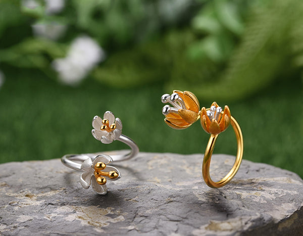 Fresh Blooming Flower Ring
