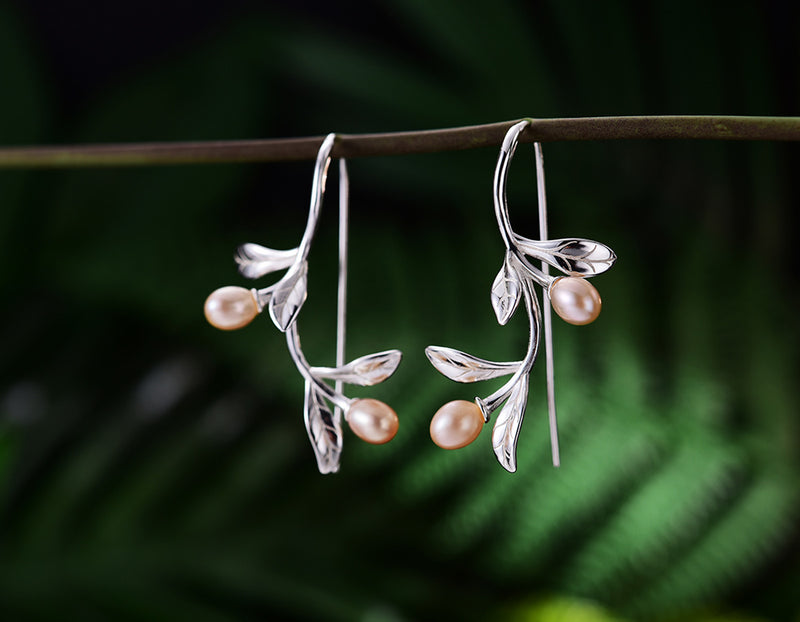 Morning Dew Earring - Lotus Fun