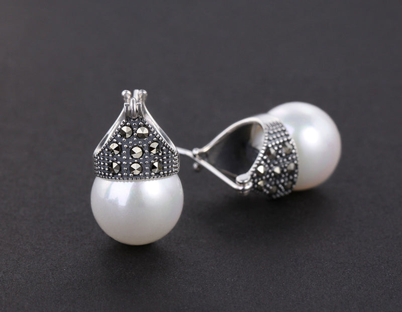 Studded Pearl Earring - Lotus Fun