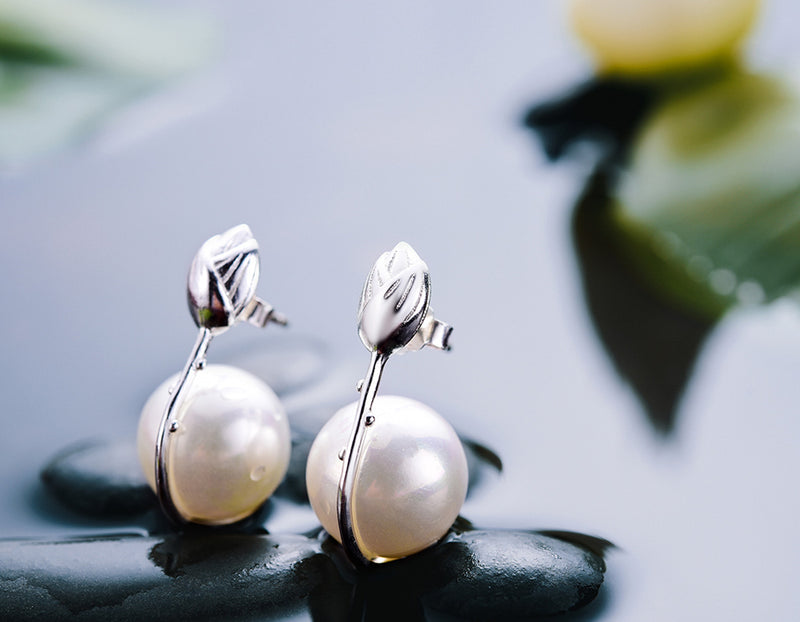 Lotus Bud Pearl Earring - Lotus Fun