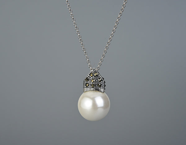 Studded Pearl Necklace
