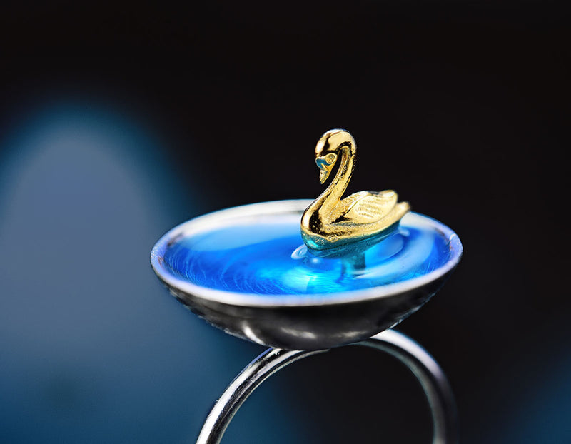 Swan in the Lake Ring - Lotus Fun