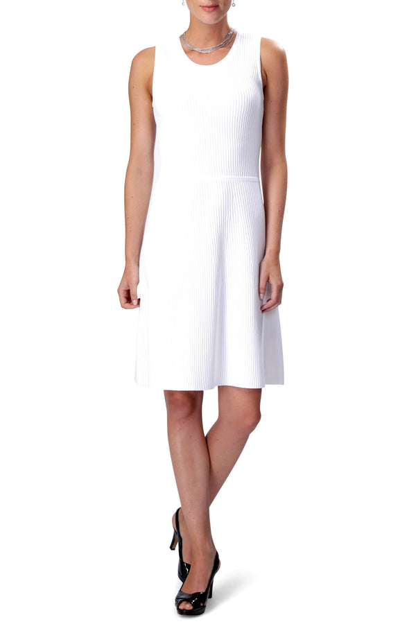 ANYWHERE Knitted Dress (White)