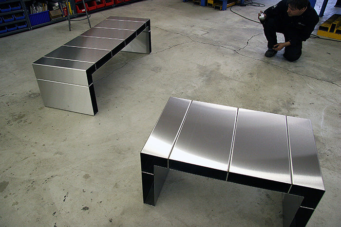 Metal Table 1c