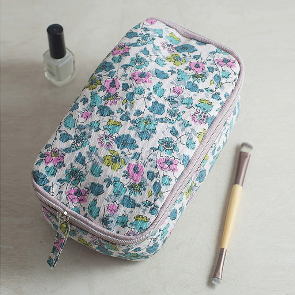 Isabel Canvas Overnight Washbag