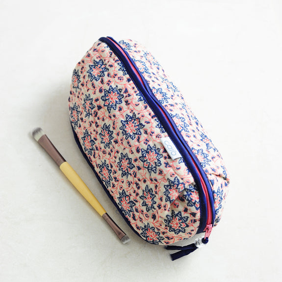 Trailing Flower Bella Make up bag