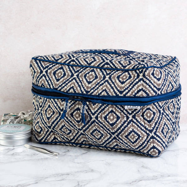 Navy Diamond Vanity Washbag
