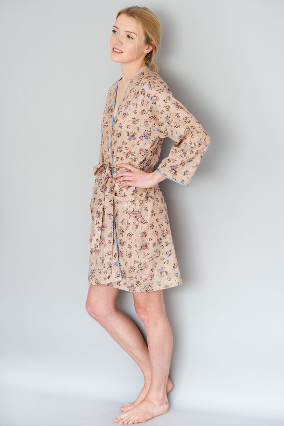 Jess Ditzy floral Short Robe