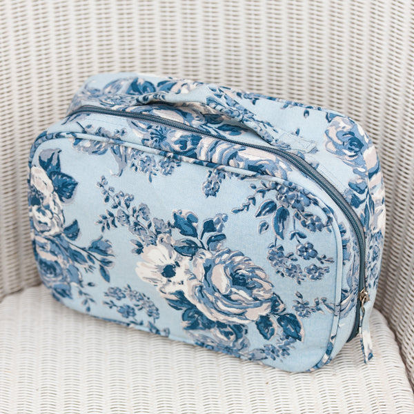 Rosetta Canvas Holiday Washbag