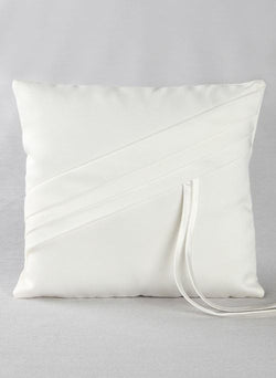 Audrey Ring Pillow