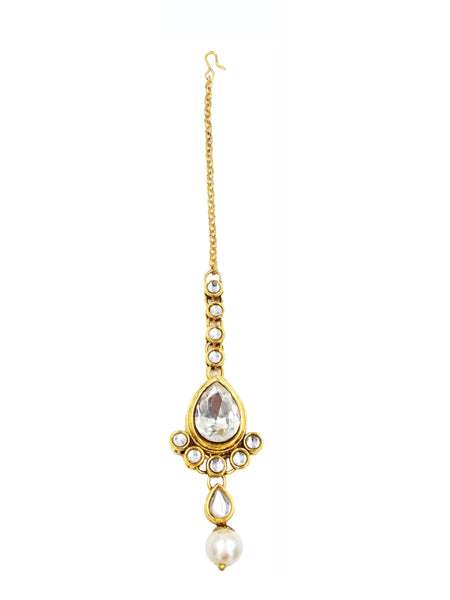 GOLD FINISH KUNDAN MAANG TIKKA WITH FAUX PEARL DROP