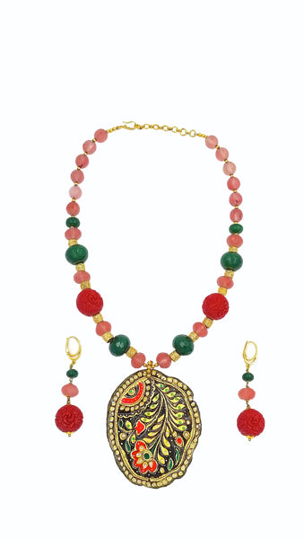 HAND-PAINTED FLORAL MOTIF AND STONE NECKLACE SET