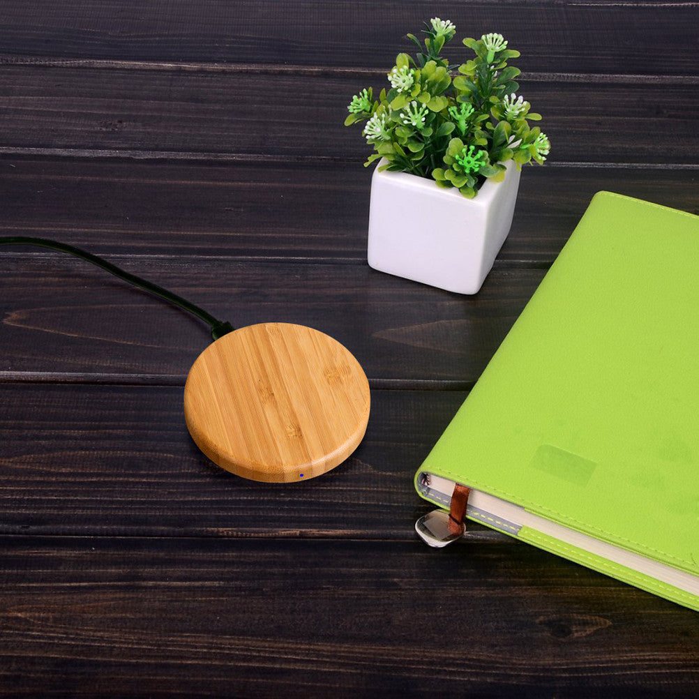 Round Wooden Bamboo Wireless Charging Pad for apple products