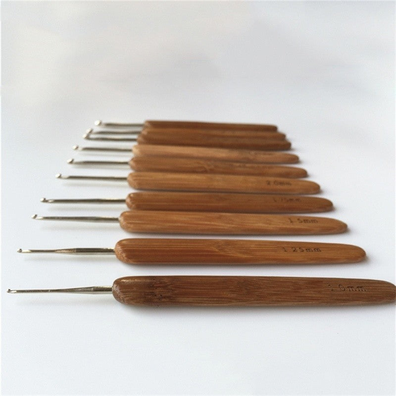 Metal Crochet Hooks with Bamboo Handles