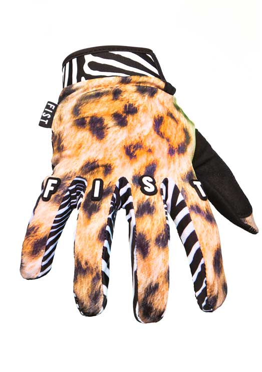 THE ANIMAL GLOVE