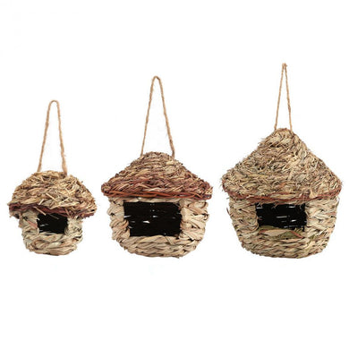 Straw Bird Nesting house