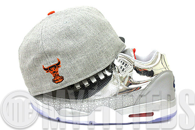 Chicago Bulls Placid Gray Heather Carbon Graphite Air Max 1, 90 Internationalist Polka Dot Pack New Era Hat