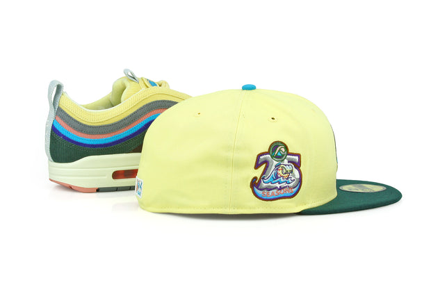 WEST MICHIGAN WHITECAPS 25 SEASONS AIR MAX 1/97 SEAN WOTHERSPOON NEW ERA HAT