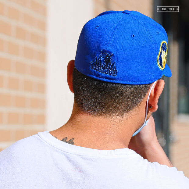 "WARNER BROS. LOONEY TUNES ""THAT'S ALL FOLKS"" QS ORANGEADE NEW ERA T-SHIRT"