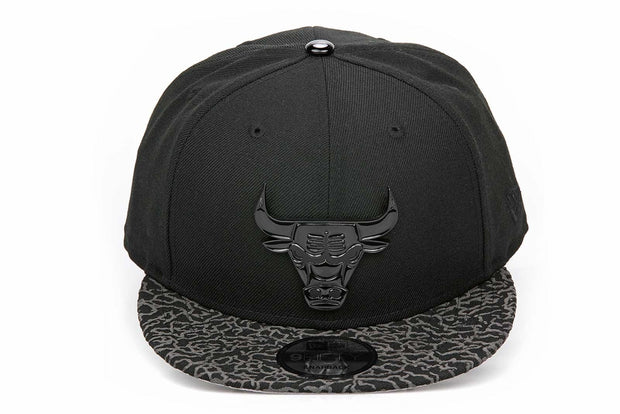 "CHICAGO BULLS ELEPHANT AIR JORDAN III ""FLYKNIT"" METAL BADGE NEW ERA 9FIFTY SNAPBACK"