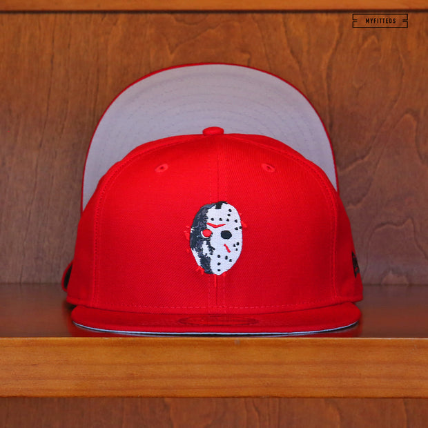 "FRIDAY THE 13TH JASON VOORHEES RED ""DIRTY BLOOD MASK"" NEW ERA FITTED"
