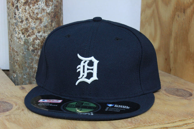 DETROIT TIGERS PERFORMANCE TECH NEW ERA 59FIFTY FITTED CAP