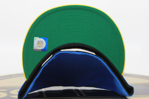 UCLA / UNIVERSITY OF CALIFORNIA LOS ANGELES MITCHELL & NESS FITTED HAT
