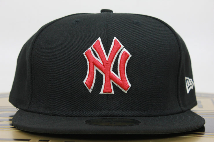 NEW YORK YANKEES AIR JORDAN 4 BLACK CEMENT NEW ERA 59FIFTY FITTED HAT