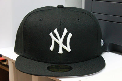 NEW YORK YANKEES B&W NEW ERA 59FIFTY FITTED CAP