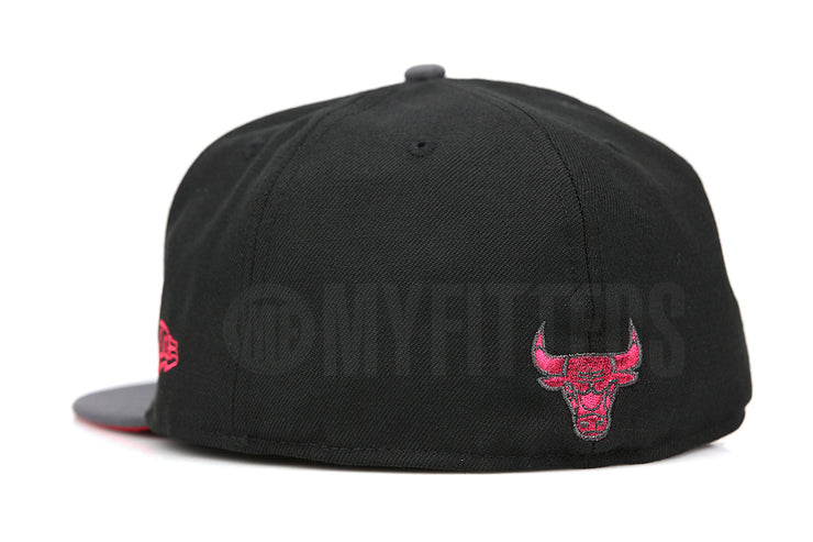"Chicago Bulls Jet Black Carbon Graphite Air Jordan VIII ""BRED"" Matching New Era Hat"