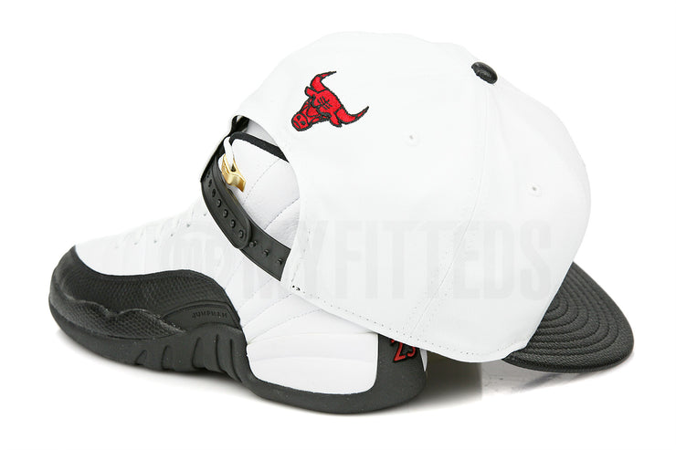 "Chicago Bulls Glacial White Jet Black Air Jordan XII ""Taxi"" Matching New Era Snapback"