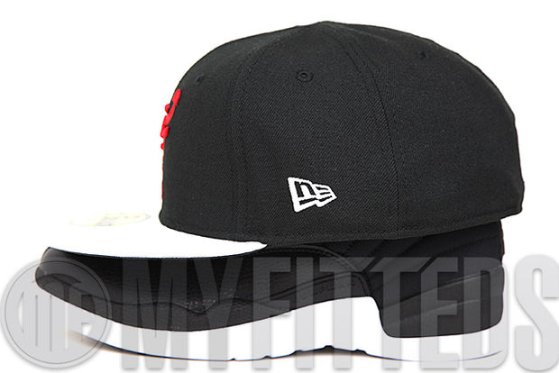 "Chicago Bulls Jet Black Glacial White Pebbled Air Jordan XII ""Neoprene"" Matching New Era Hat"