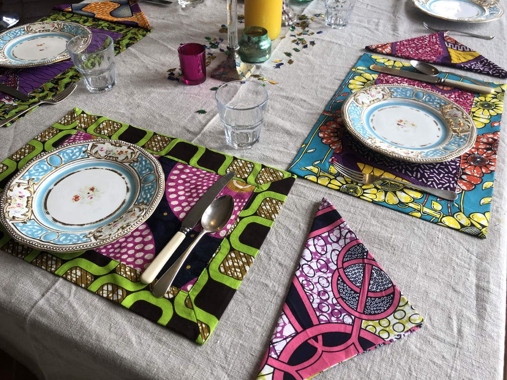 dutch-wax-table-setting-napkins-place-mats