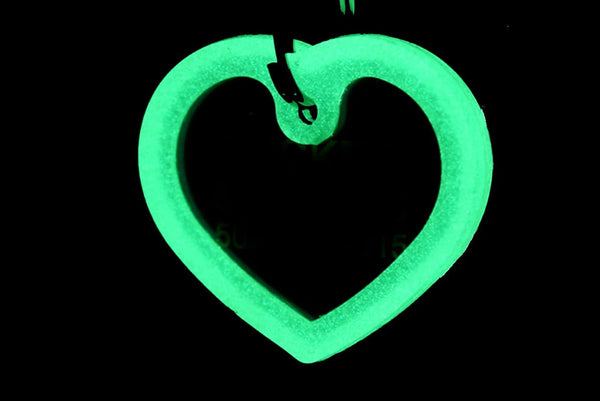 GoTags Heart Shape Glow in the Dark Pet ID Tag Silencer