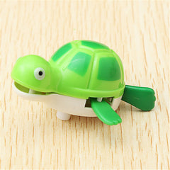 Cute Wind-Up Water Pool Bath Diver Plastic Toy Swimming Baby Kids Bath Toys - Slabiti