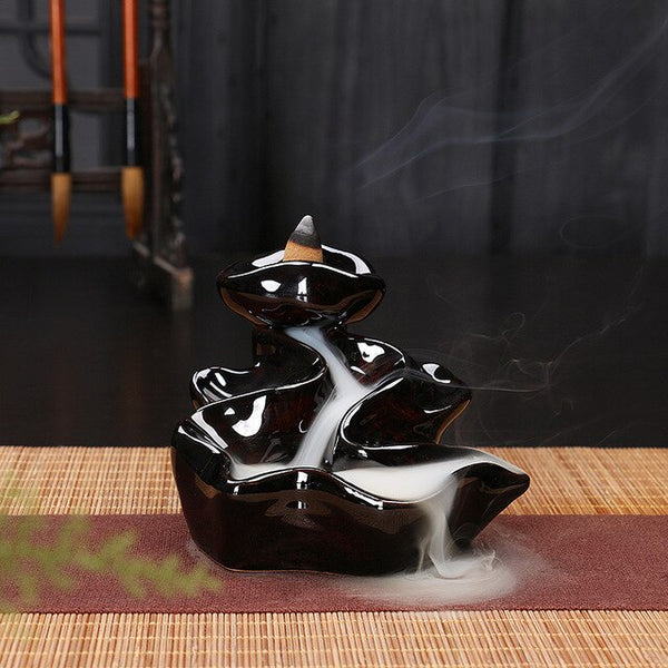 1Pc Ceramic Burner With 5Pc Backflow Incense Cones Bullet Incense Stickers Holder Ceramic Censer Home Decoration N27 Black - Slabiti
