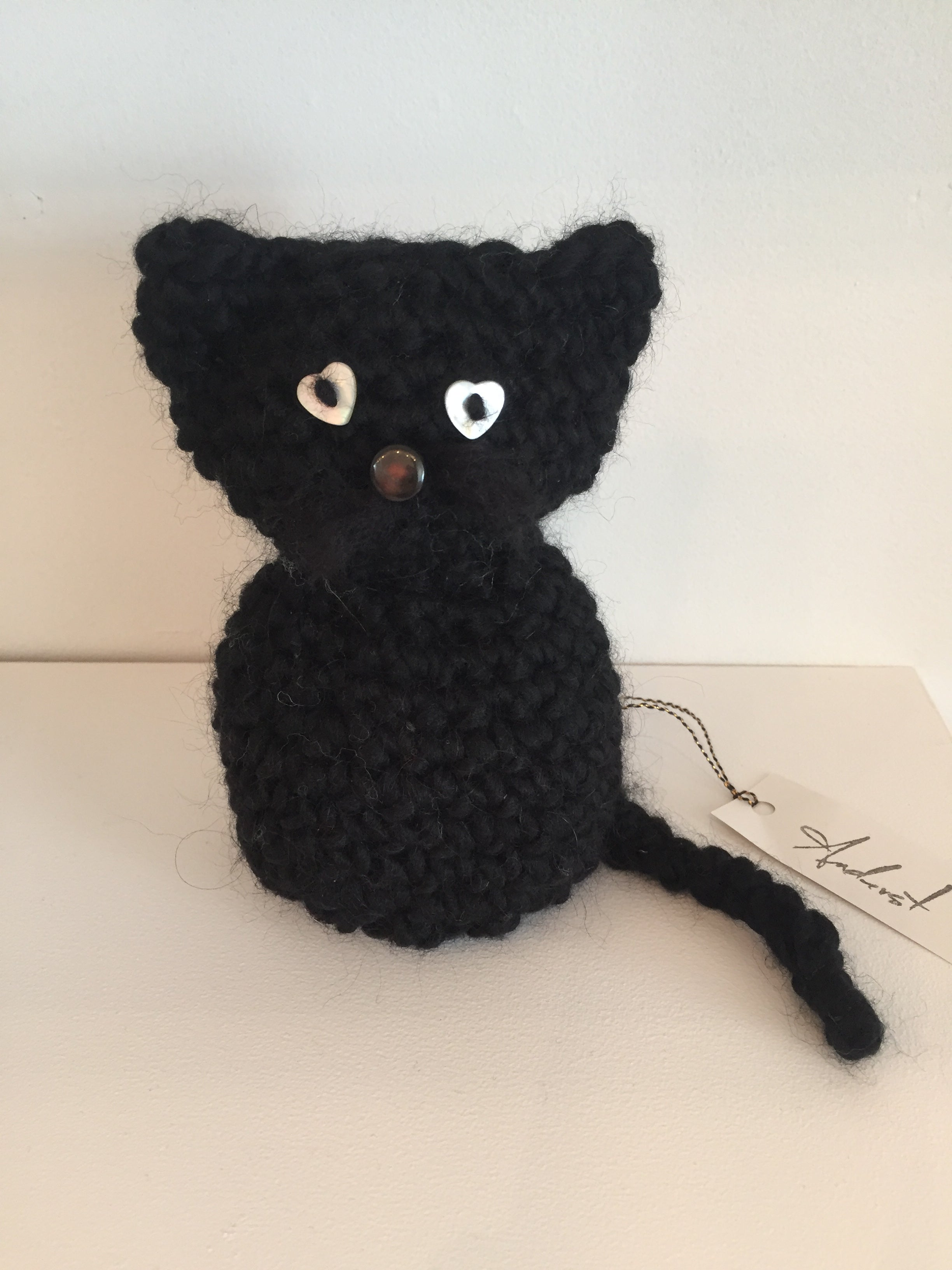 Chester cat black crochet