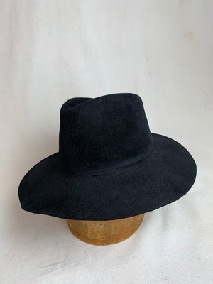 Brookes Boswell Wakefield Hat in Black Velour