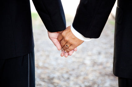 A Gay Marriage Etiquette Guide