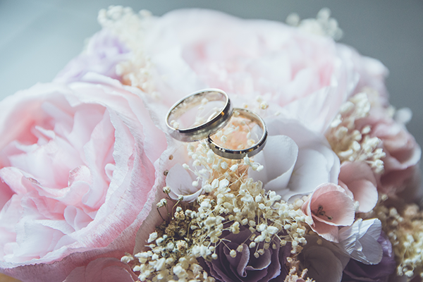Traditions and Customs of Wedding Rings