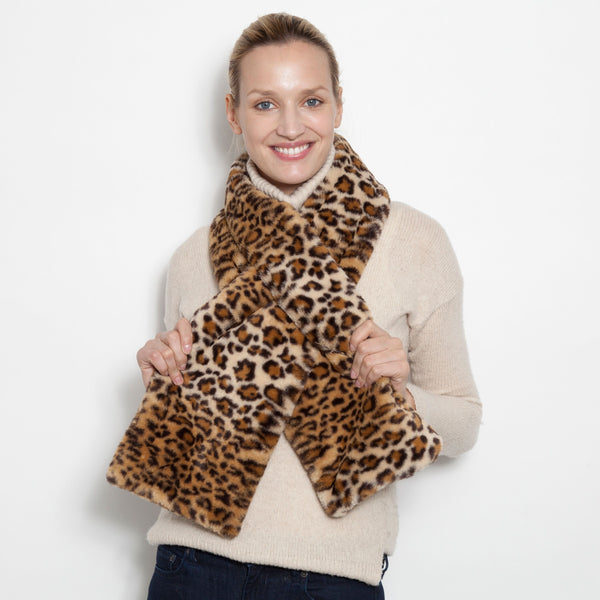 Faux Pull Through Scarf( Available in Leopard and Camo)