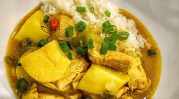 Yellow Curry Chicken with potatoes and Chilau