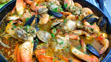 Garlic Crab Boil with Dungeness Crab, Shrimp, Mussels and Clams (GUMBOIL)