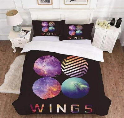 BTS Design Bed Cover + 2 Pillowcases S / Wings 1 Gotamochi BTS MERCH BT21 MERCH KAWAII STORE