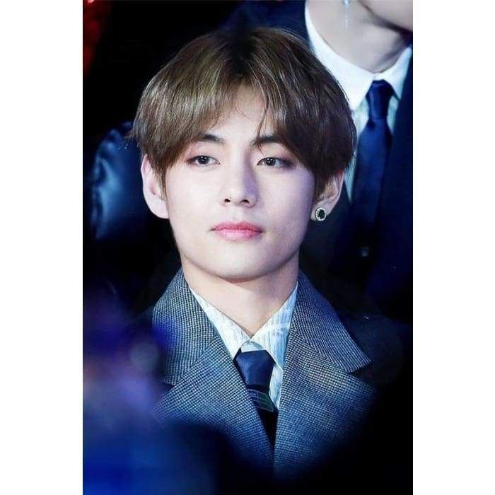 BTS Taehyung Cubic Gemstone Fashion Earring Gotamochi BTS MERCH BT21 MERCH KAWAII STORE